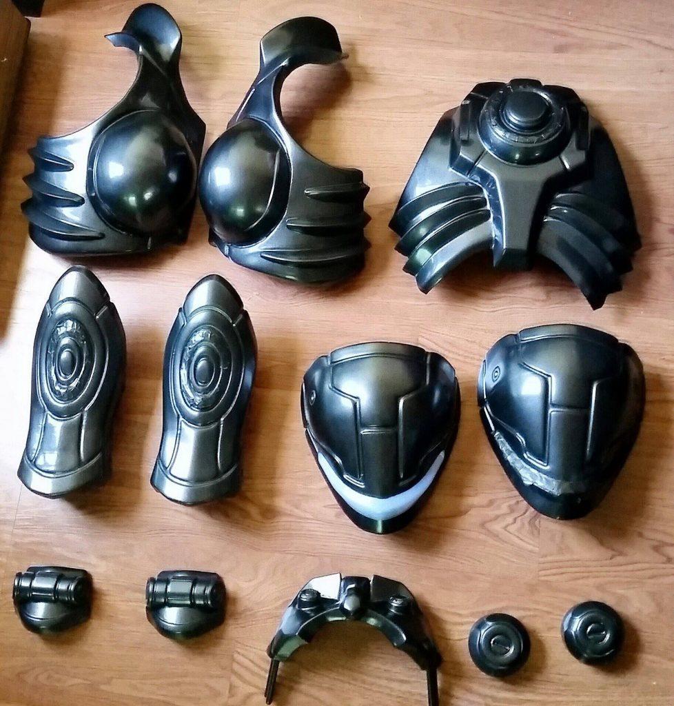 Элементы костюма, напечатанные на 3D принтере