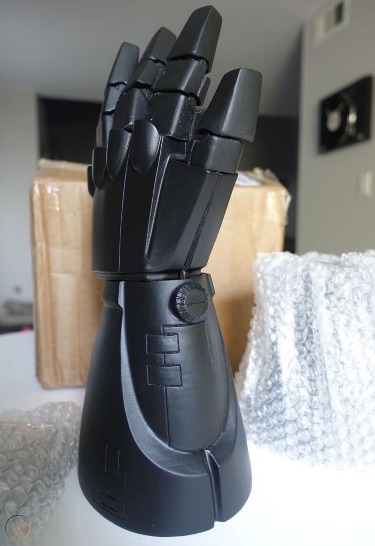 3D печать перчатки для косплея